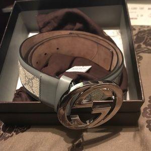 Authentic men's Gucci belt